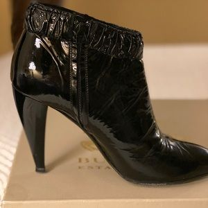 BURBERRY  Booties Black Patent  Size EUR 39.5/9.